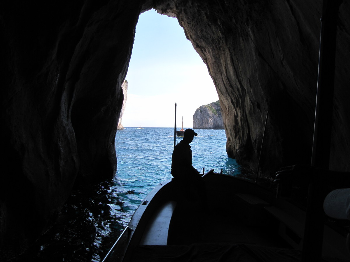 Touring the Isle of Capri by Private Boat
