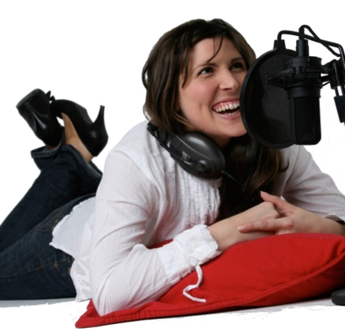 Voice Over work is easy and can earn you lots of extra money.