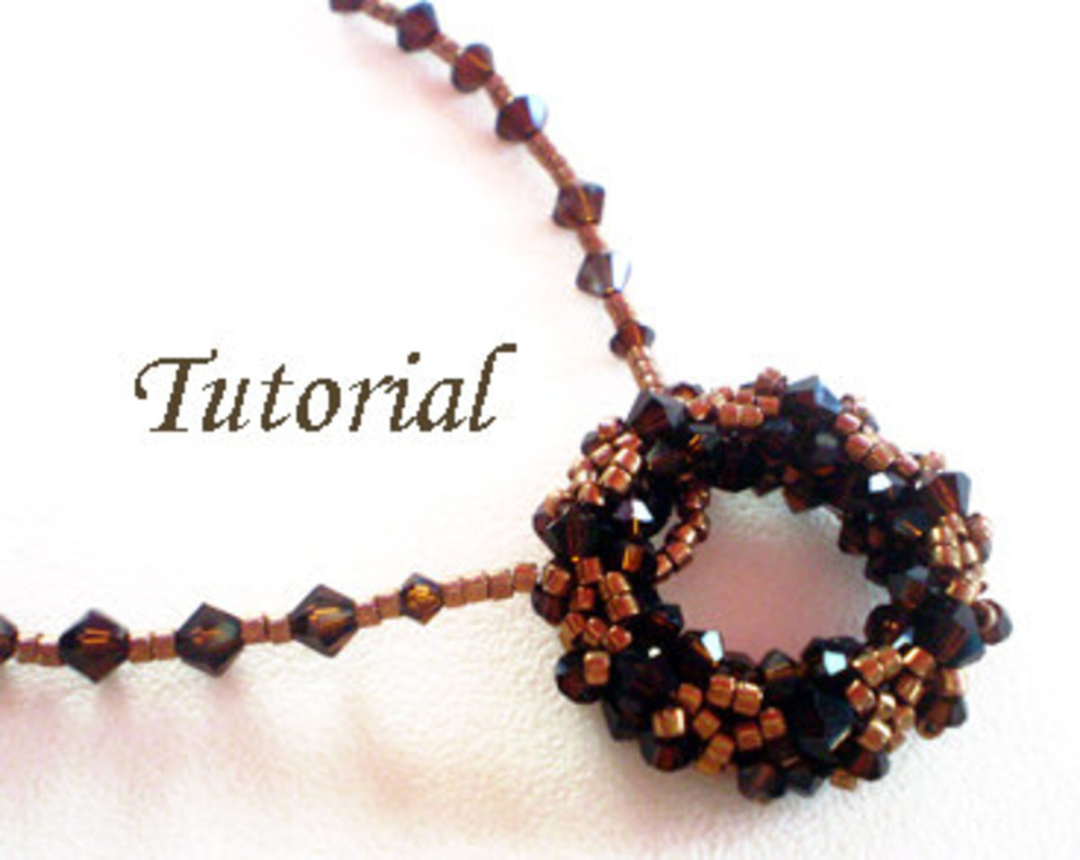 beaded-or-beadwoven-rings-different-uses-for-jewelry-and-accessories