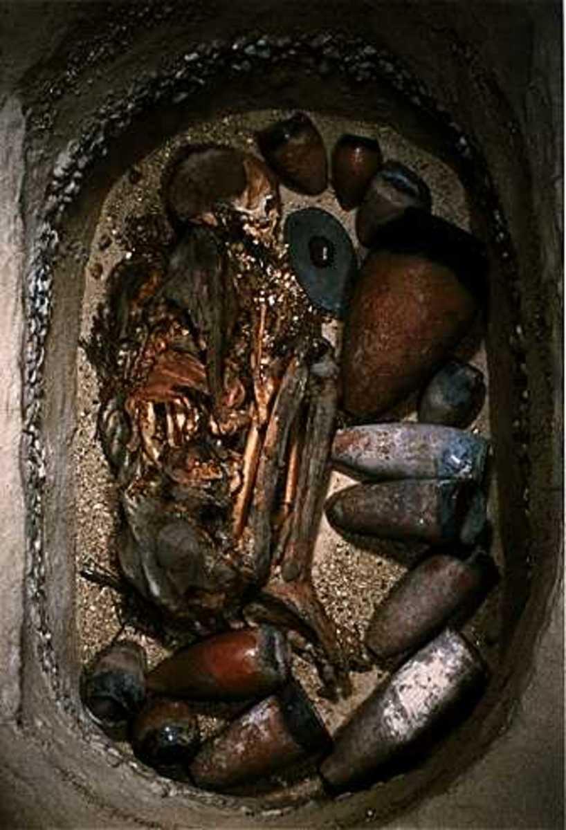 Naqada I Grave