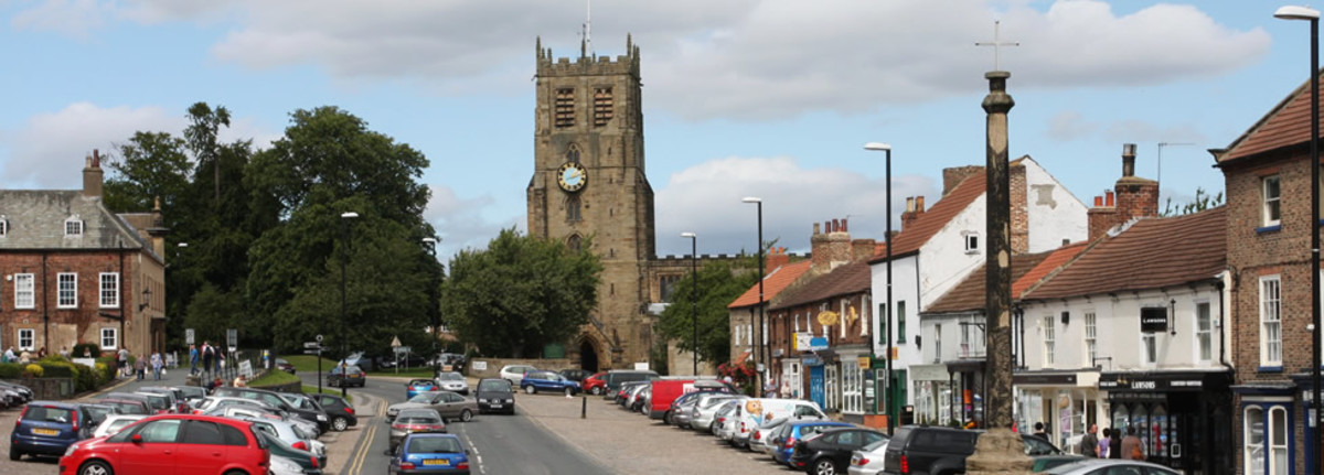 Bedale's 14th Century marketplace with St Gregory's church at its north-west end