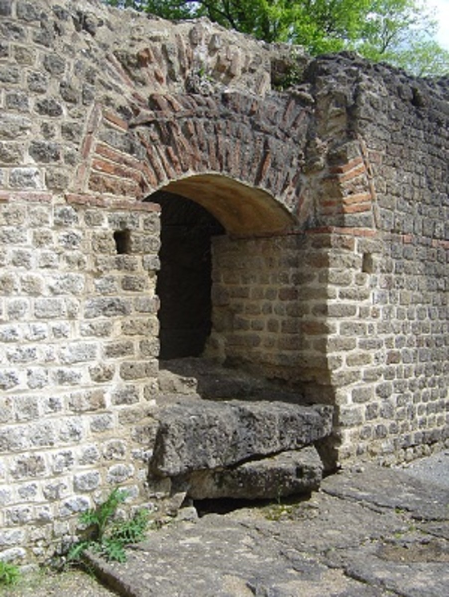 Large sections of the walls of the baths remain in tact