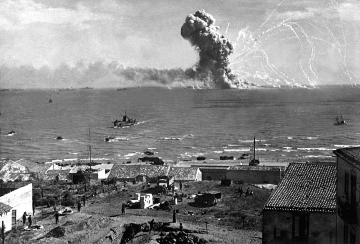 Ship explosion during the Sicily invasion
