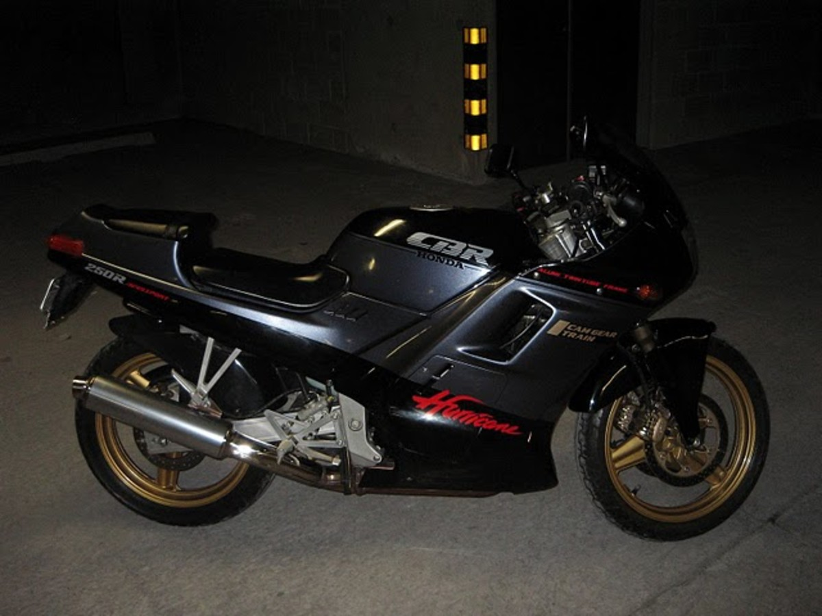 Honda CBR250R Black Fun Bike Photograph - A perfect bike for dating.