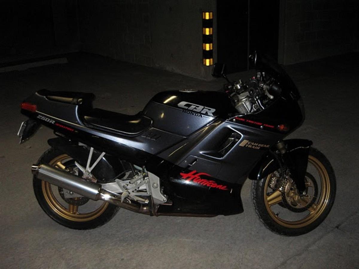 Honda CBR250R Black Fun Bike Photograph - A perfect bike for dating.