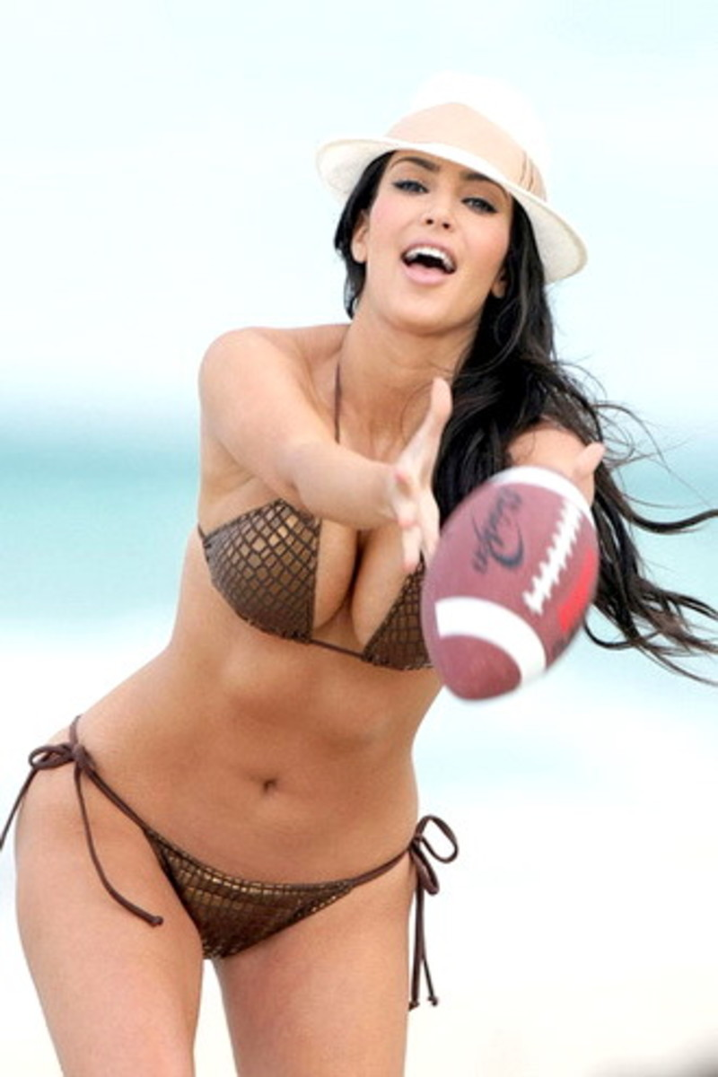 Kim Kardashian puts on a sizzling style quotient even while playing. What would happen if Kim actually played in the NRL? Most watched sport ever?