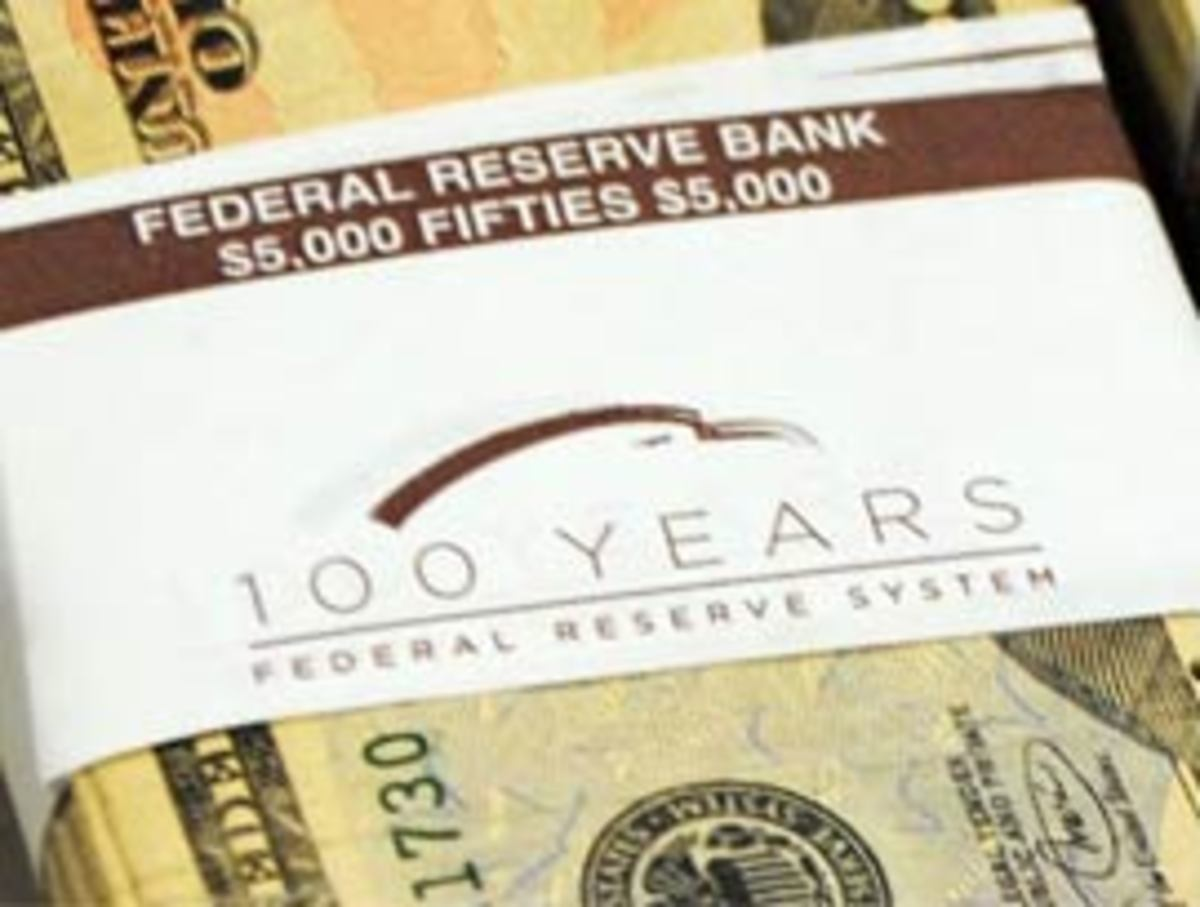 Most companies make a lot of fanfare if they reach their 100'th anniversary. The Federal Reserve hit its centennial on December 23, 2013, but the only thing close to a public acknowledgement were these cash bands - mostly seen only by  bankers.