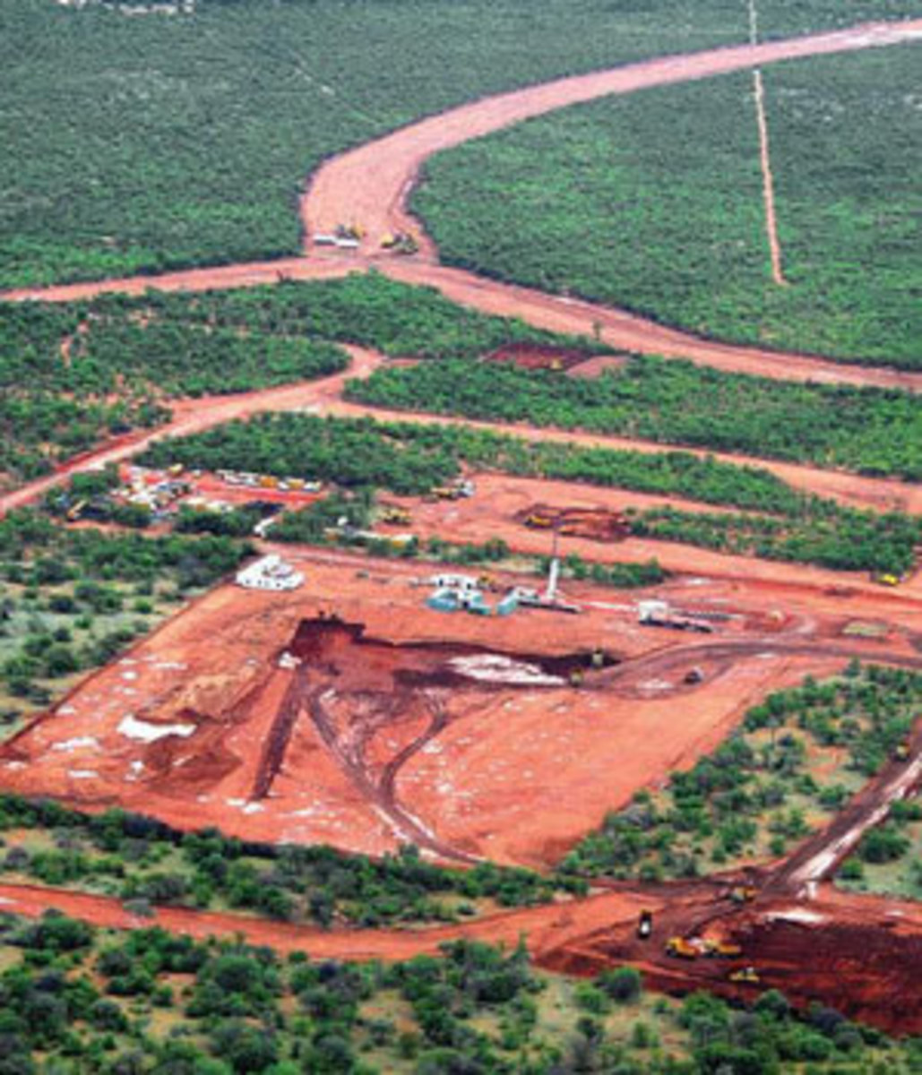Mapungubwe aerial 1. Aerial photos taken a few months ago(around -2010 show the destruction  raken place, mined by an Australian company Coal of Africa Limited(CoAL) which was abruptly halted inits operations in Vele coal mine, 6 k km from Mapungubwe