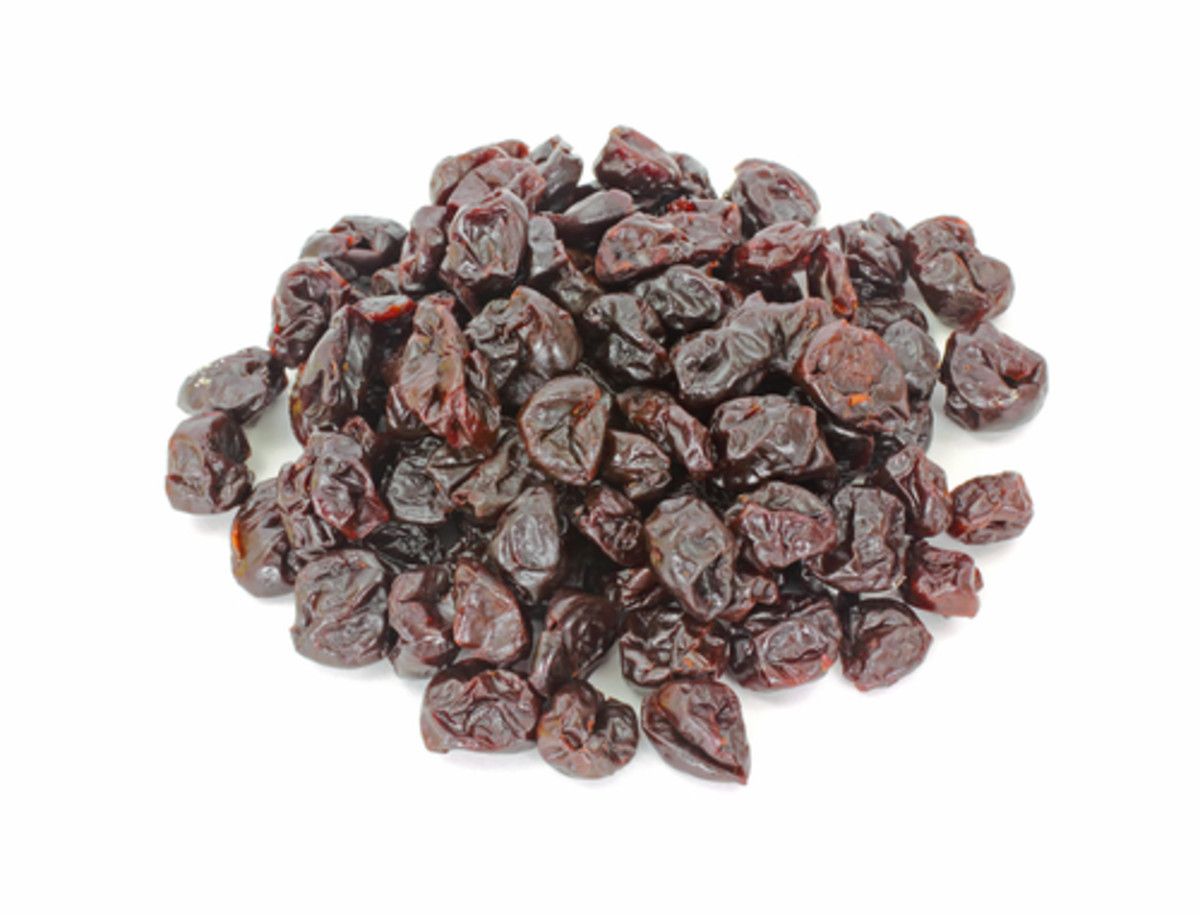 Dried sour cherries Image:  Louella938|Shutterstock.com