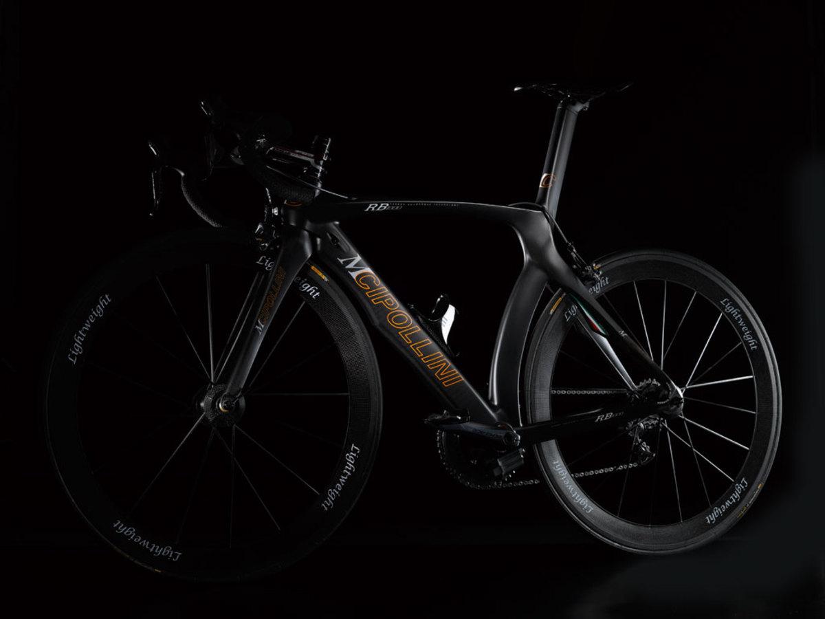 Sleek Italian styling on mCipollini bikes