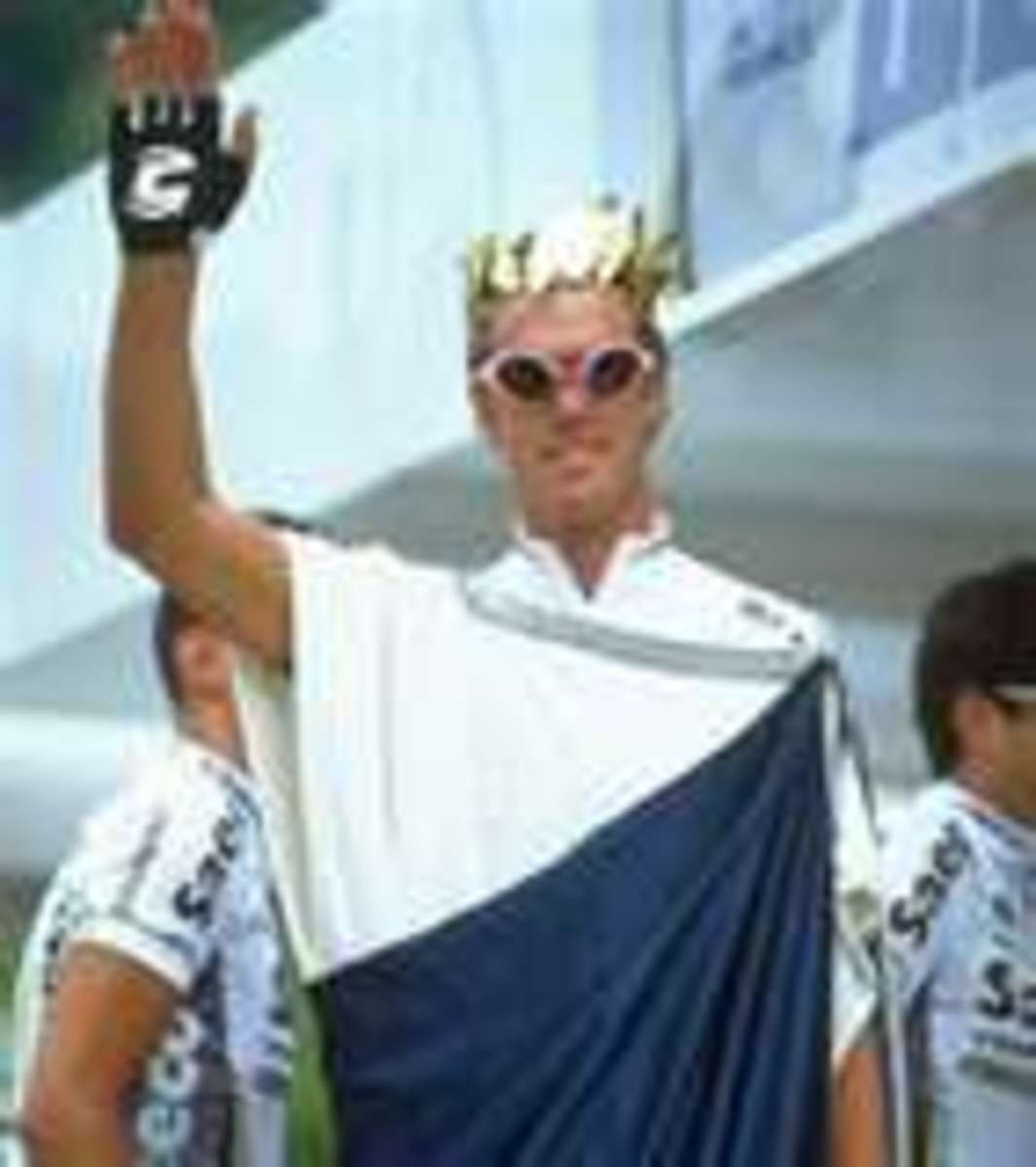 Image of Cipollini dressed as Caesar. Great publicity for his Saeco Team