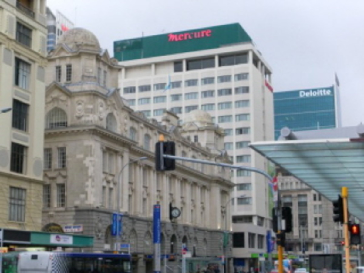Shopping strip in Auckland CBD