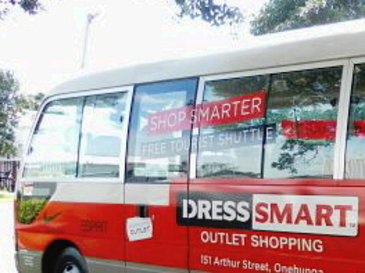 Free shuttle bus to DressSmart Outlets
