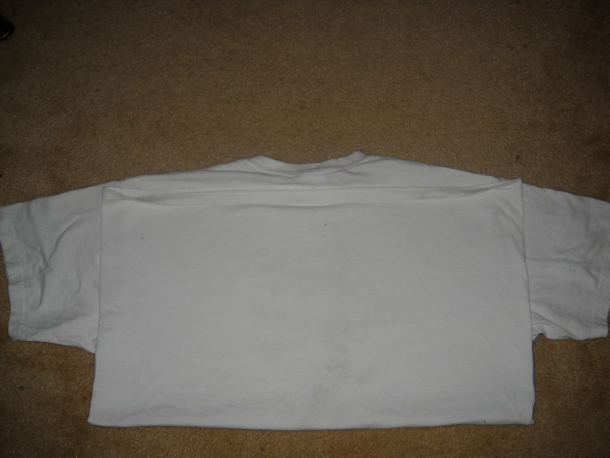Back view -T shirt folded in half.