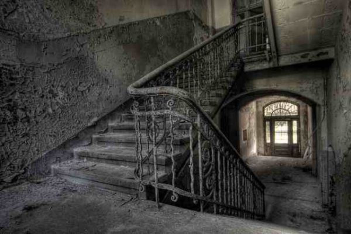 Abandoned Sanatoriums and Asylums