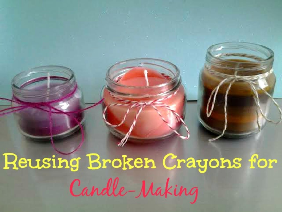 Using different colored broken crayons in your candles allows you to create several beautiful colors.