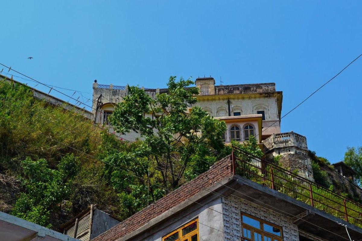 Raj Mahal Arki