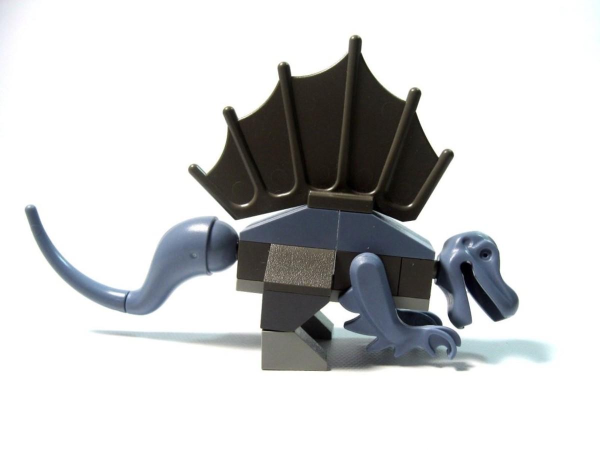 LEGO Dinosaurs Baby / Young Dimetrodon 5953 / 7003 Assembled