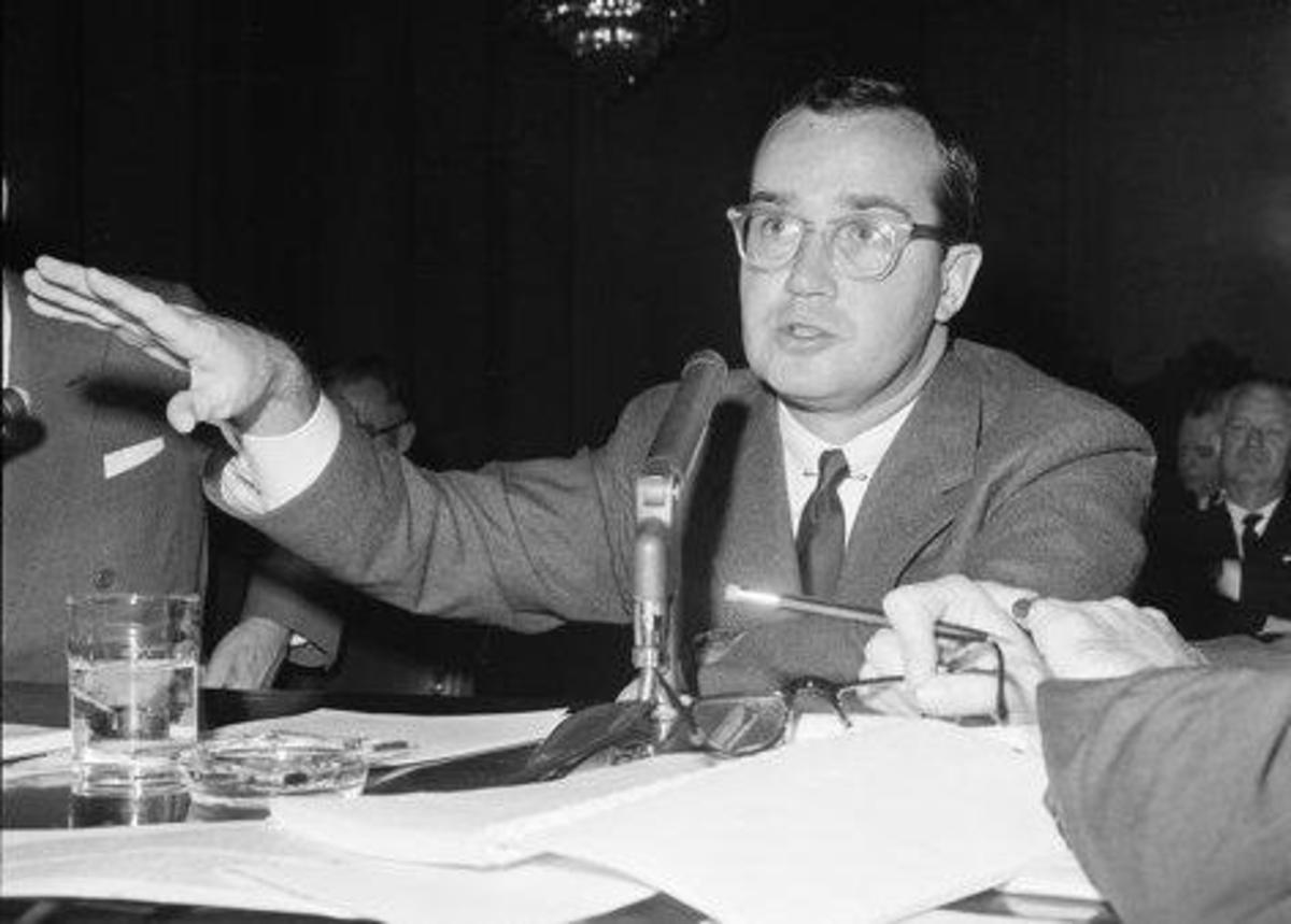 Newton Minow, chairman of the FCC between 1961 and 1963