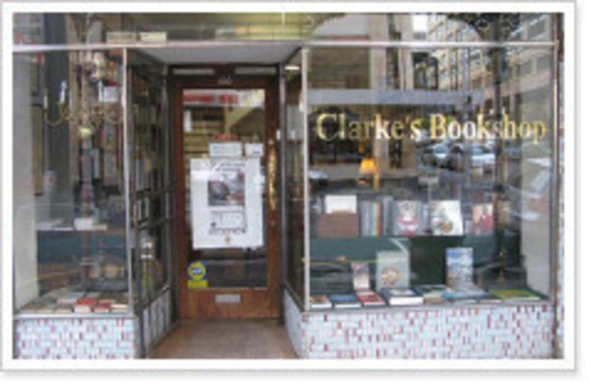 The bookshop established by Anthony Clarke in Cape Twon is now runned by Henrietta Dax