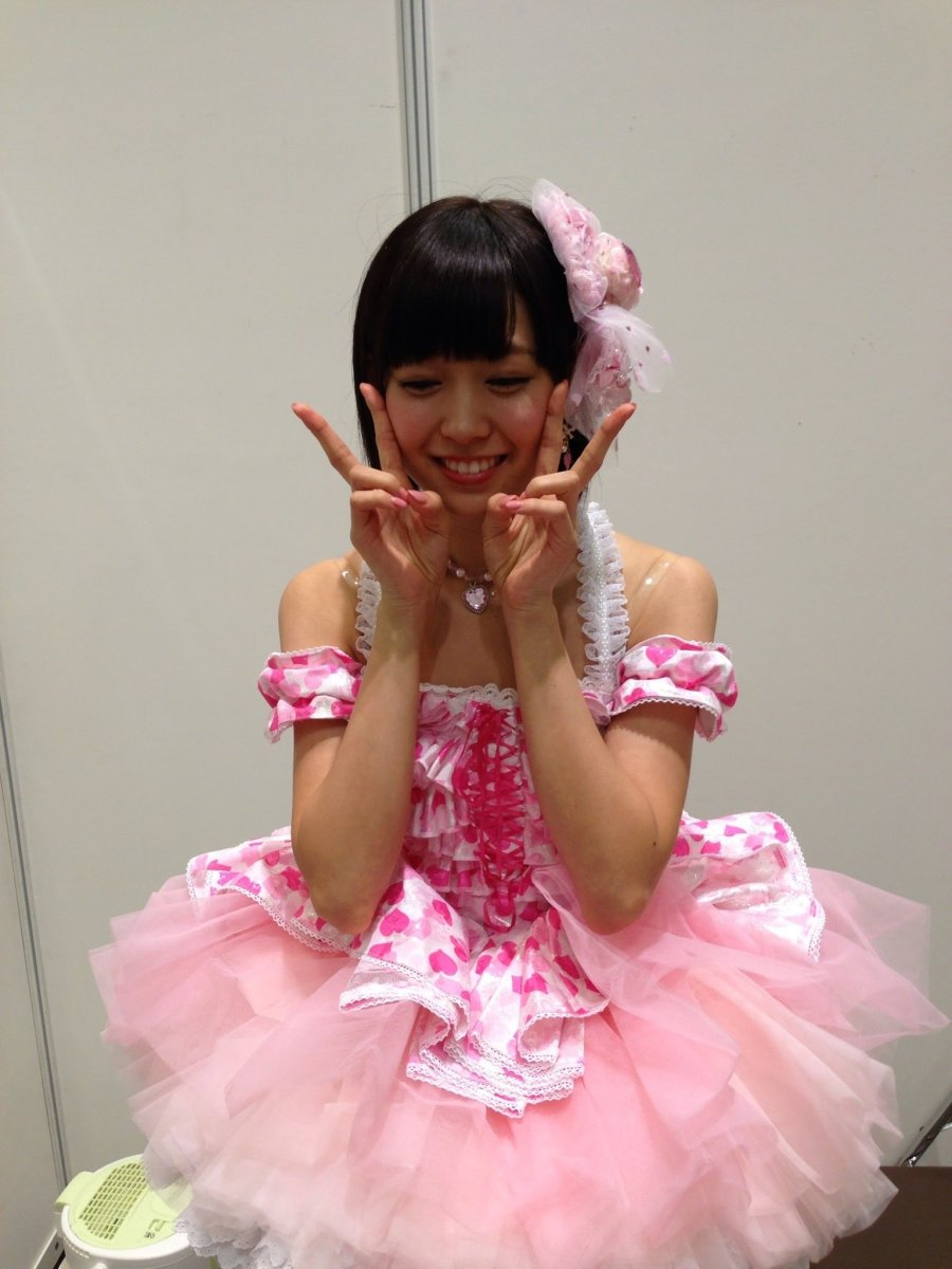 miyuki-watanabe-the-japanese-idol-singer-of-nmb48-that-survived-an-embarrassing-personal-scandal