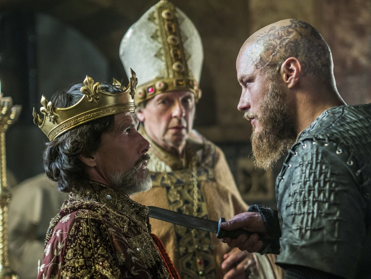 Ragnar fulfilling The Seer's prophecy that the 'dead' will conquer Paris