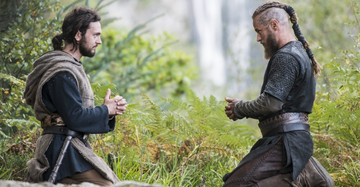 Ragnar learning Christian prayers from Athelstan, a highest form of respect Ragnar could bestow to his dearest friend