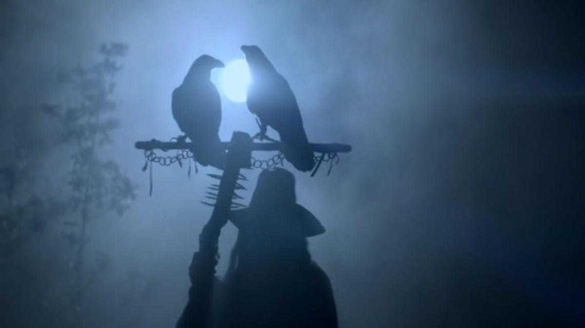 The apparition of Odin and his pair of ravens, Huginn and Muninn in Ragnar's dying vision