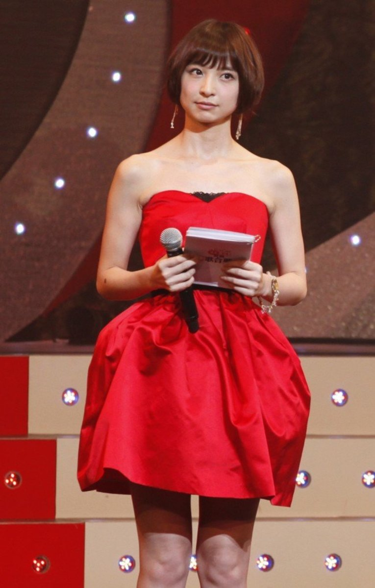 mariko-shinoda-a-tribute-to-the-former-akb48-idol-and-fashion-designer