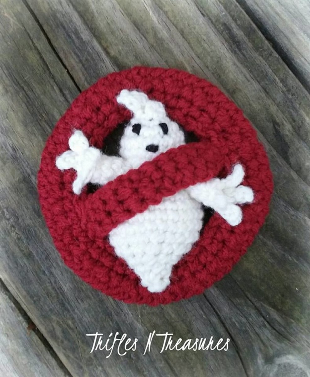 a SUPER EASY pattern for a little ghostie pal, and his universal NO!