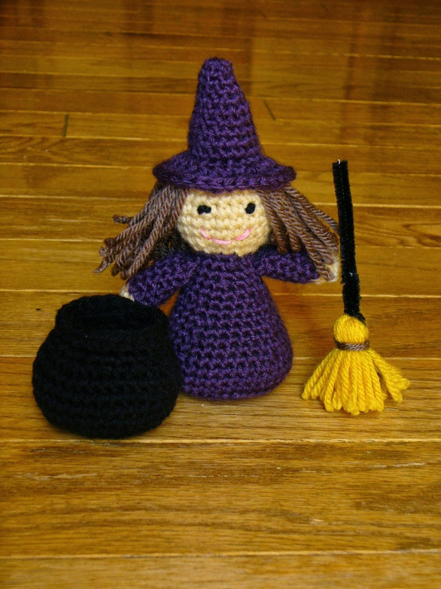 Are you getting ready for Halloween yet? Well if you are here is a little cheery witch to help you along.