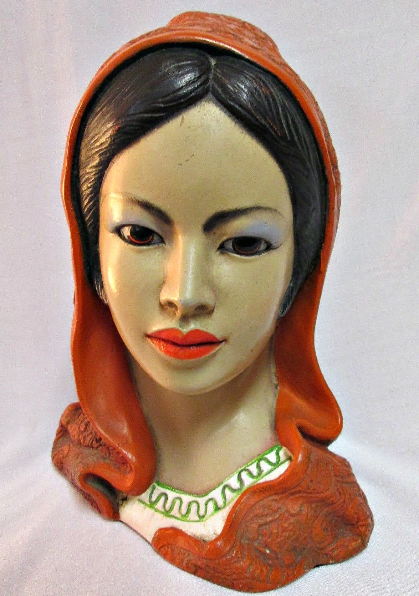 """Vintage LEGO Gorgeous Spanish Lady Head Bust Chalkware 9"""" Tall wearing a mantilla.  Beautiful painted face, there is a few light paint chips on the back only.  She measures 9"""" tall by 6"""" at the widest."""