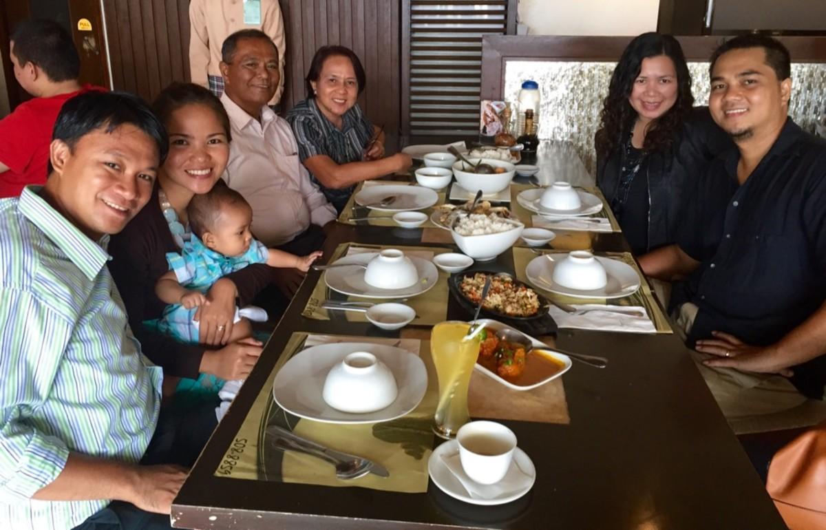 review-ponsyon-breakthrough-plazuela-diversion-road-iloilo-city-philippines