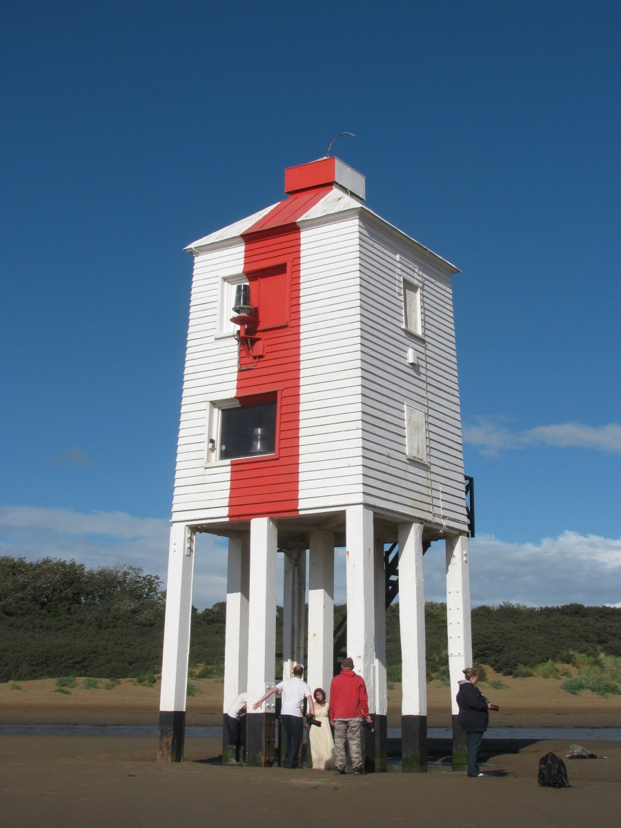 9-legged Low Lighthouse on Burnham Beach