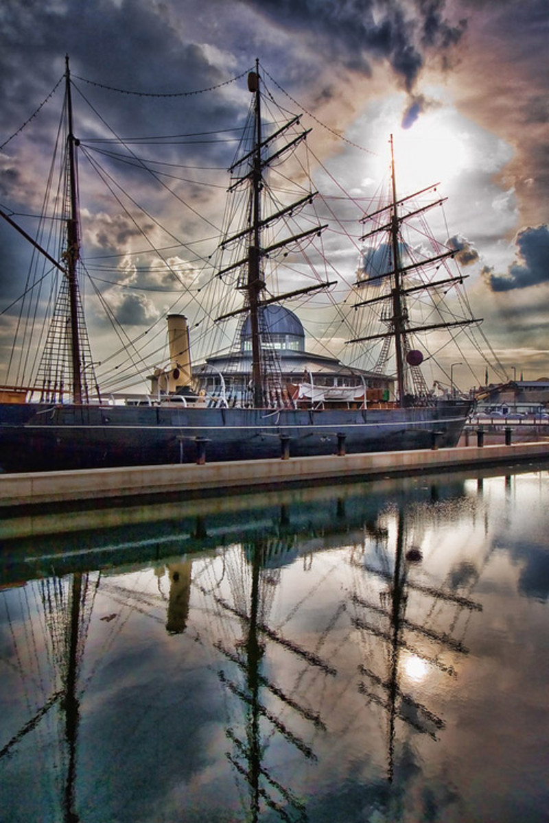 The Discovery, now docked in a purpose-built mooring in Dundee, Scotland.