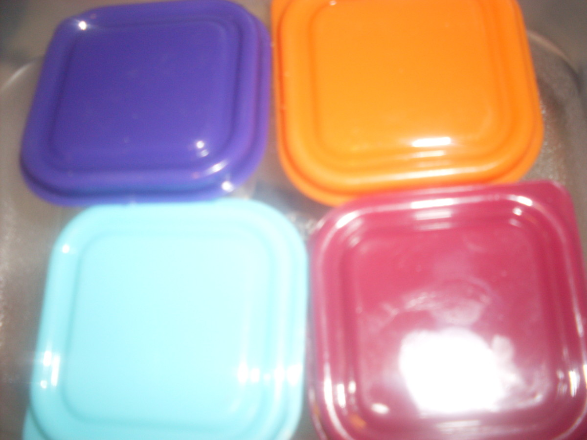 Small colorful containers for kids' lunch items.