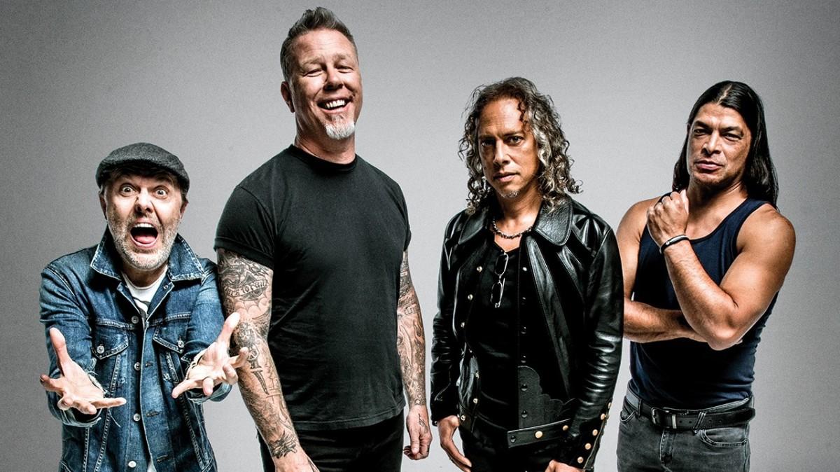 Lars Ulrich (Drums), James Hetfield (Vocals & Rhythm Guitar), Kirk Hammett (Lead Guitar), Robert Trujillo (Bass)