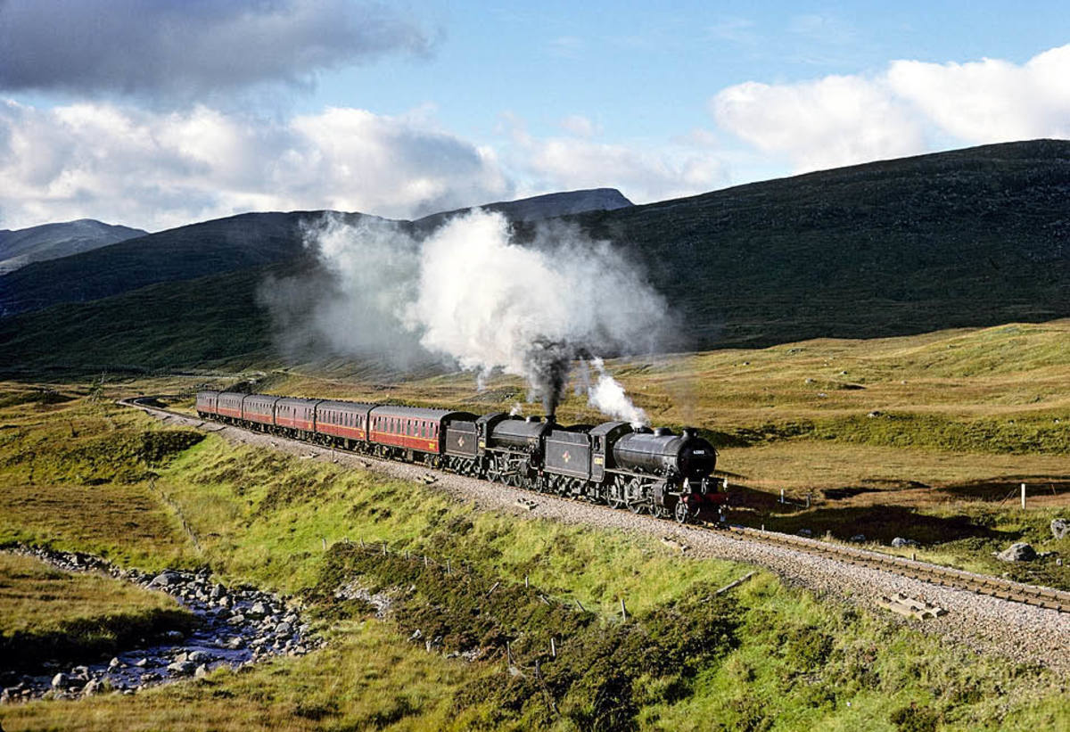 K1 62005 heads B1 61264 and a train of British Railways Mark 1 passenger stock at Corrour in October, 2002