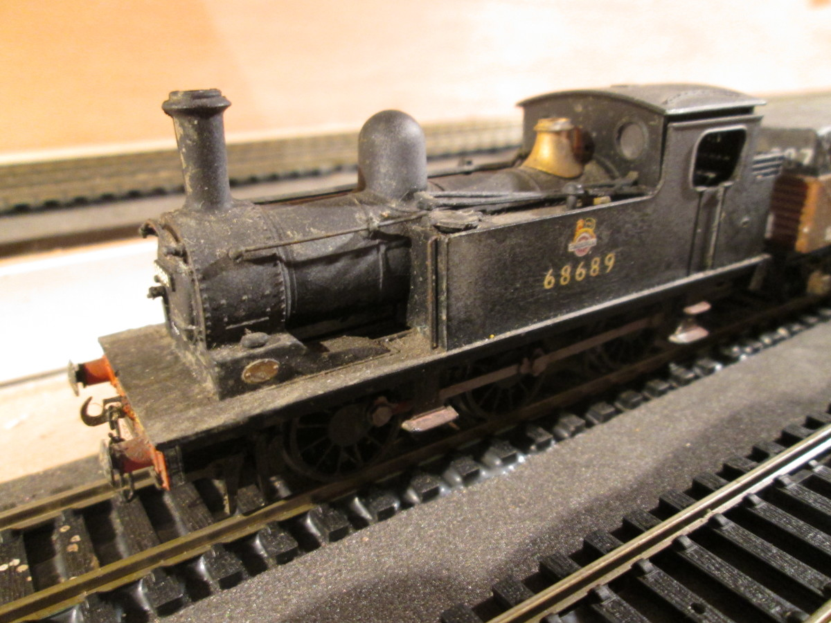 An only example I have of the Bachmann Branchlike J72, No. 68689 of Middlesbrough shed (51D) looks suitably careworn from standing out in the rain since the shed buildings lost all rooves to bombing in WWII