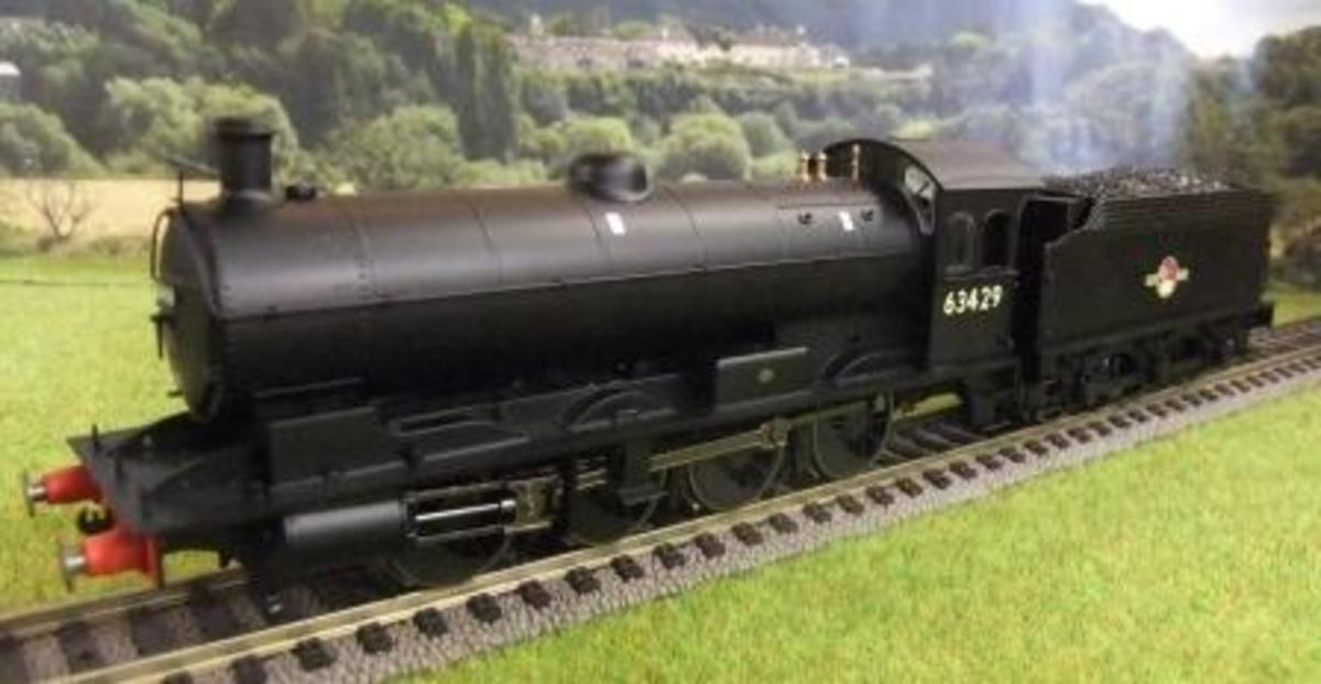 The Hornby Class Q6 0-8-0 with late crest, Catalogue R3426 in a 'natural' model setting - but where's the lineside fencing?