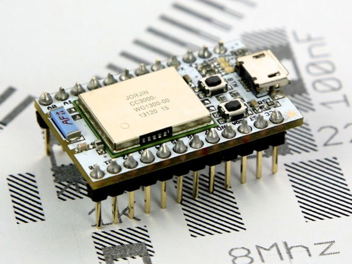 Chip Antenna for Millimeter Wave Communications