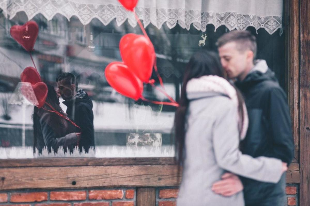 12 Love Advice for Your Teenager Romance and Dating Journey
