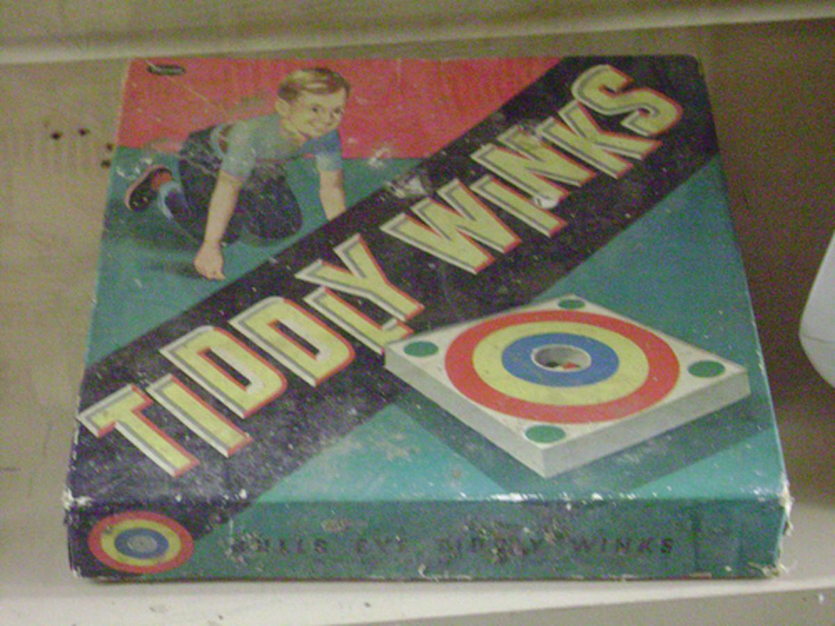 Vintage Tiddly Winks game