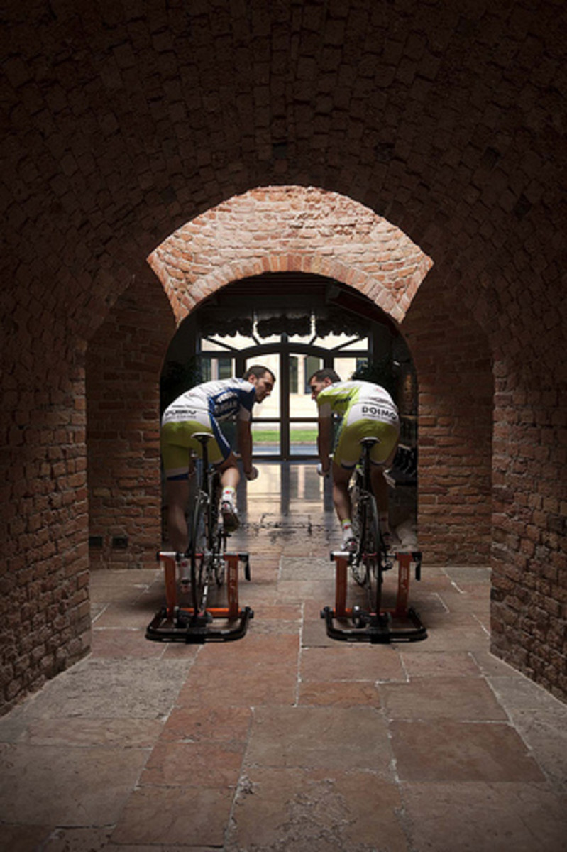 Turbo Trainer Indoor Cycling Workouts For More Sprint Power
