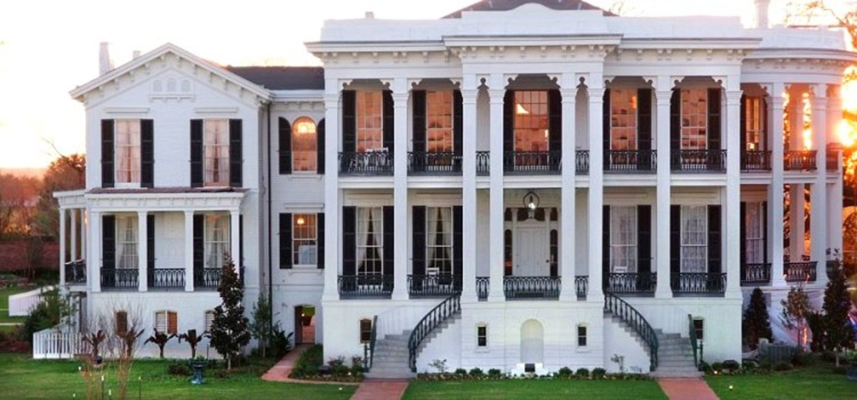 "Nottoway Plantation - ""The Largest Existing Southern Antebellum Mansion"""