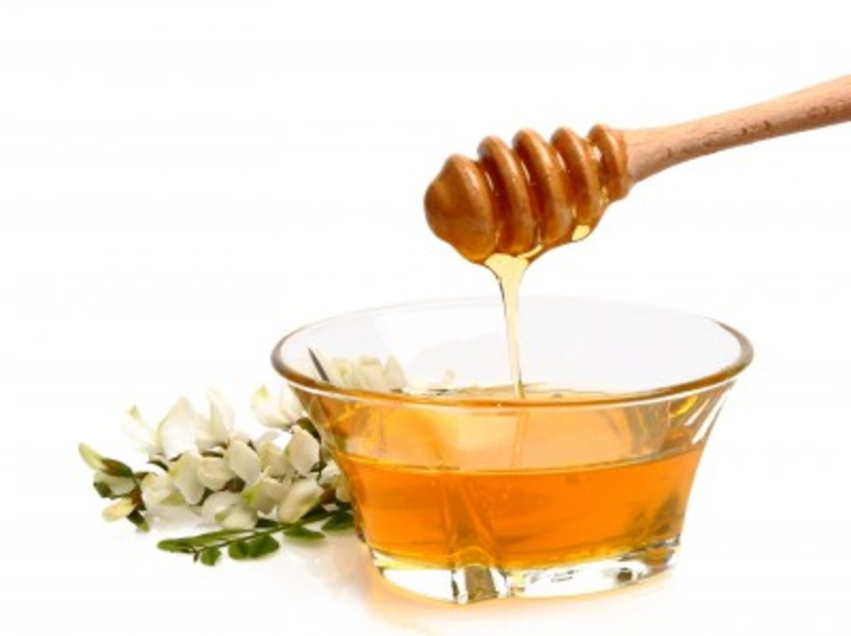 Homemade Beauty Treatments Made With Honey