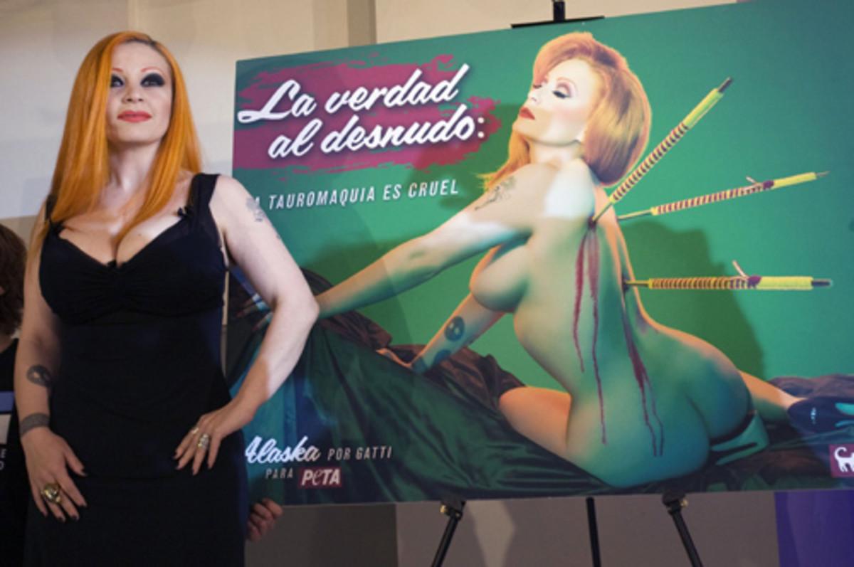 "Spanish singer Alaska: ""The naked truth: Bullfighting is cruel"""