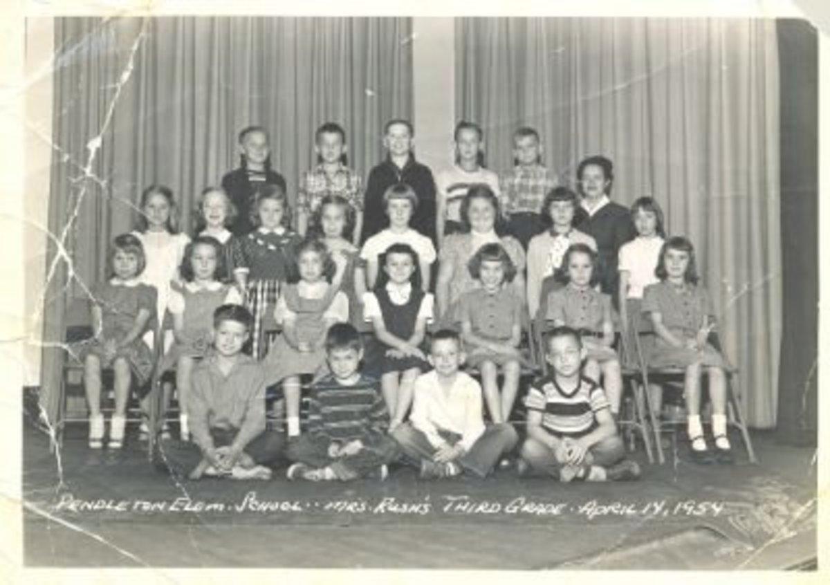 Mrs. Rush's 3rd Grade Class in 1954 Pendleton Elementary School