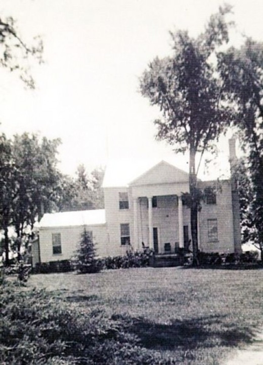 Rare Photograph of the Old Pickens House