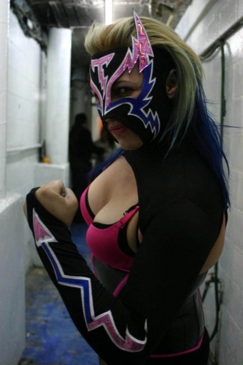 Luchadora Chik Tormenta